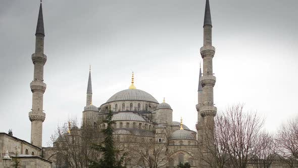 Timelapse Of The Famous Blue Mosque In Istanbul, Turkey
