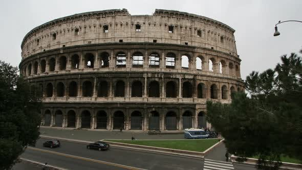 Thumbnail for Timelapse Of The Famous Colosseum In Rome, Italy