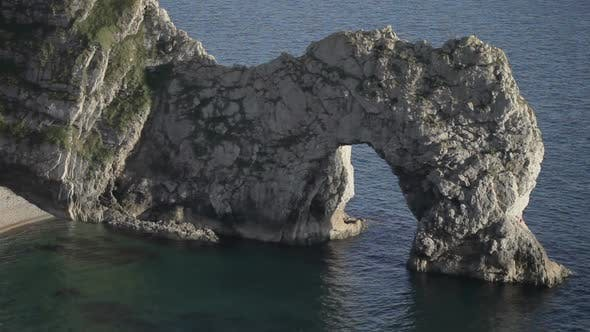 Thumbnail for Timelapse Of The Stunning And Dramatic Coastline At Durdle Door On The Dorset Coast, England 1