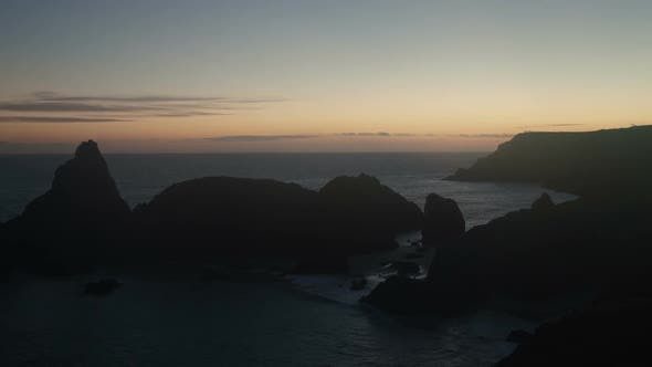 Thumbnail for Timelapse Of The Stunning And Dramatic Coastline In Cornwall Coast, England 3