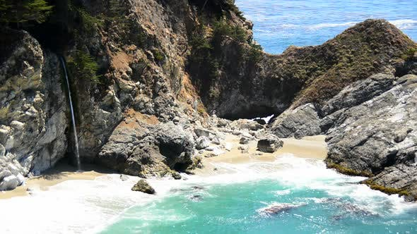 Thumbnail for Mcway Falls Beach, Big Sur California 3