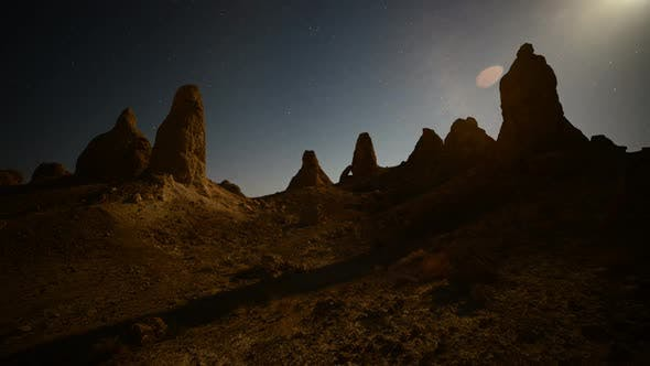 Moon Rise At Tronas Pinnacles California Desert 2