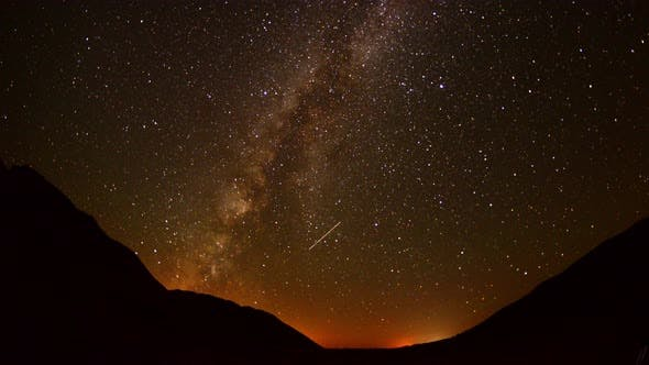 Thumbnail for Perseids Meteor Shower In Mojave National Park  2
