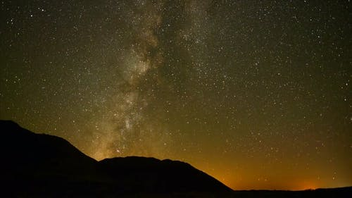 Perseids Meteor Shower In Mojave National Park 1