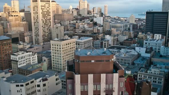 Cover Image for San Francisco In The Evening - 4