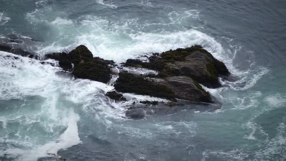 Thumbnail for Waves Crashing On Rocks - Big Sur 1