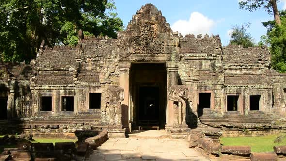 Grand Entrance To Abandon Temple  - Angkor Wat Temple Cambodia 2