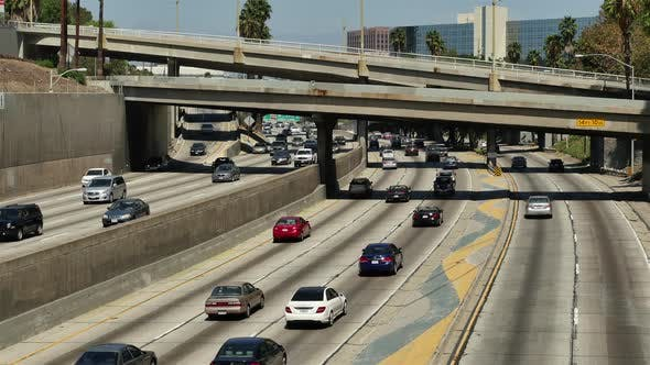 Cover Image for Traffic On Busy Freeway In Los Angeles California 4