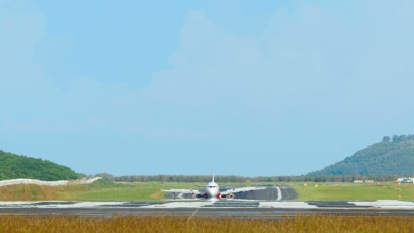 Thumbnail for Airplanes Taxiing