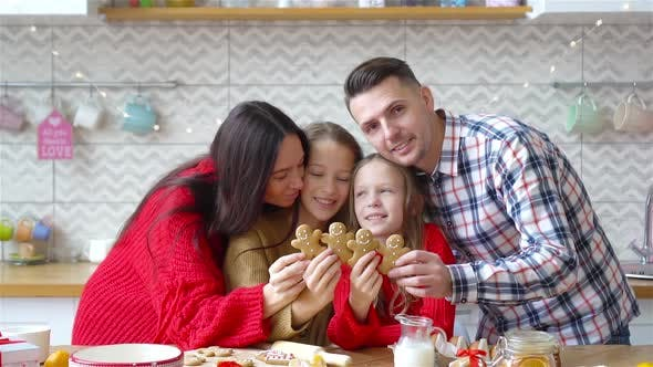 Happy Family Bake Cookies for Christmas