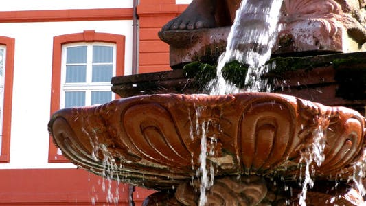 Thumbnail for Fountain and Ancient Statue in Frankfurt 2