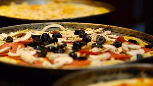 Thumbnail for Making Pizza