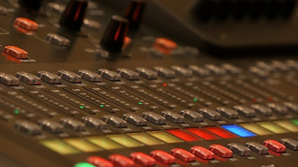 Cover Image for Professional Digital Audio Mixer