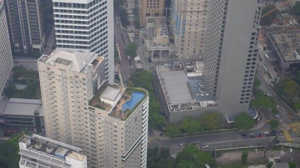 Thumbnail for Top Blick Auf Dach Pool Und Stadt Mit Gebäuden Und
