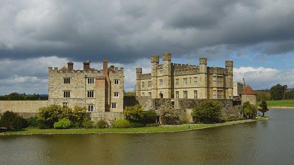 Thumbnail for Schloss Leeds