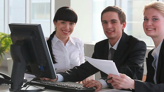 Cover Image for Businesspeople at office meeting