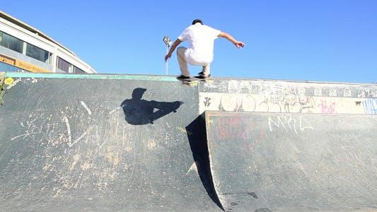 Thumbnail for Skateboard 180