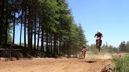 Cover Image for Dirt Bike Competition