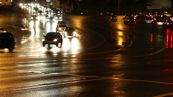 Cover Image for Evening Car Traffic At Rush Hour In Moscow