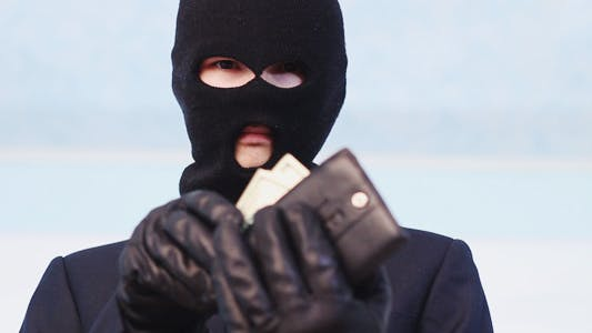 Cover Image for Robber Steals Your Money