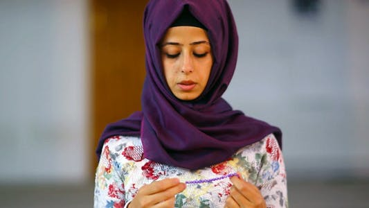 Cover Image for Use the Masbahah/ Tasbeeh/ Bid'ah - Muslim In Mosque