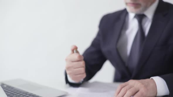 Enterprise Leader Signing Sales Contract, Lucrative Deal With Business Partner