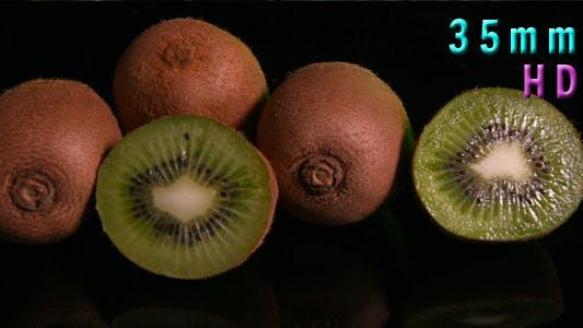 Cover Image for Kiwi Fruit Isolated