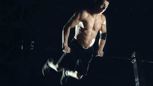 Cover Image for Muscle Up to Bar Hop