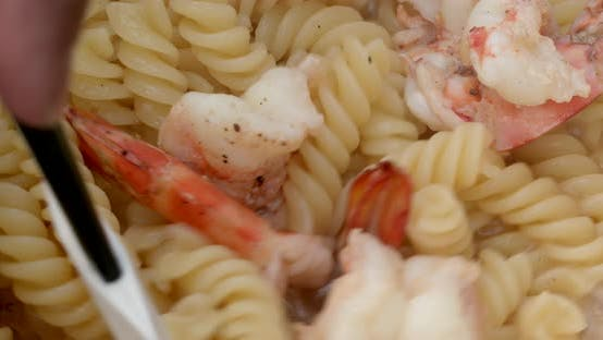 Thumbnail for Pan fry butter shrimp and fusilli