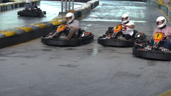 Thumbnail for Kart Racing