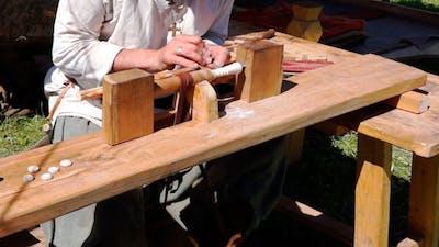 Carver Old Craft