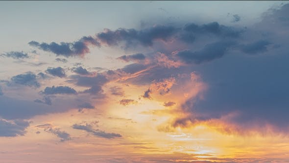 Cover Image for Sunset Clouds In Motion 1