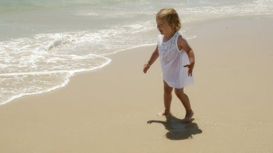 Cover Image for Little Cute Girl On The Beach