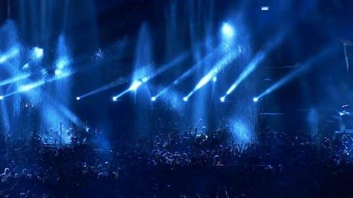 Dance Crowd Festival Party02