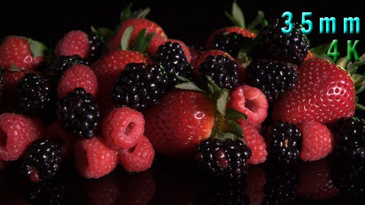 Cover Image for Fresh Mixed Berries
