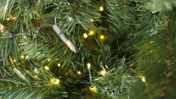Thumbnail for Blinkende Folge von Weihnachten Fairy Lights 4K 2160p 30fps UltraHD Filmmaterial -LED funkelnden Punkt dec