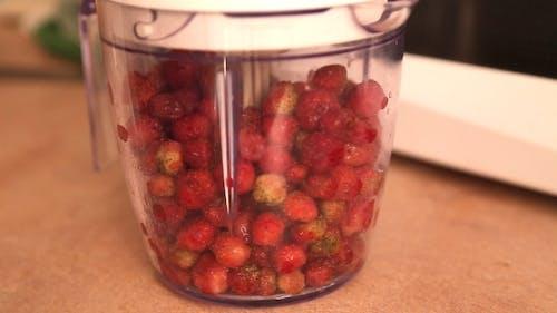 Erdbeer's Vorbereitung In Mixer
