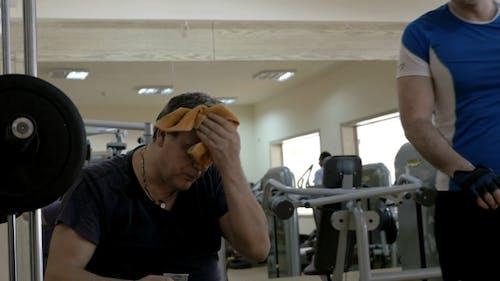 Erfrischung während einer Trainingspause