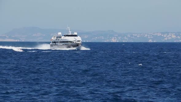 Thumbnail for Scenes Of The Sorrento Ferry (6 Of 6)