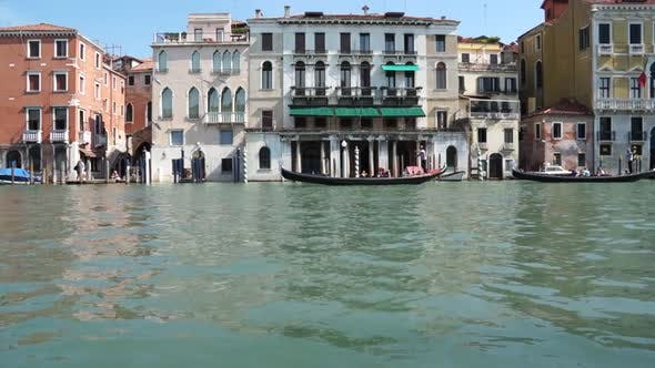 Thumbnail for Scenes Of Venice (27 Of 32)