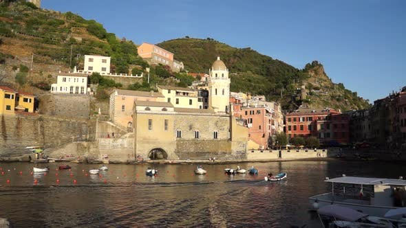 Thumbnail for Scenes Of Vernazza (2 Of 7)