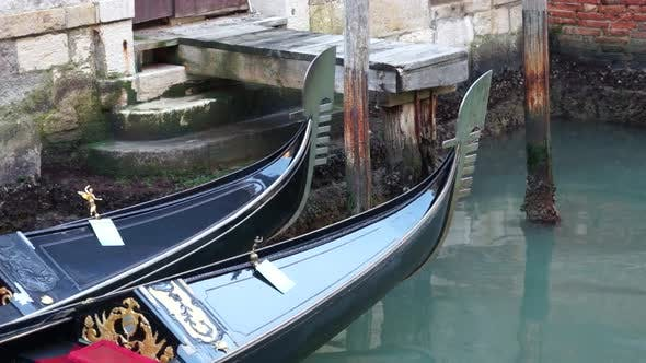 Thumbnail for Gondolas Of Venice (3 Of 16)