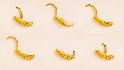 Bananas Peel in Stop Motion