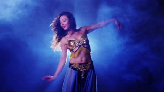 Thumbnail for Argentinian belly dancer dancing