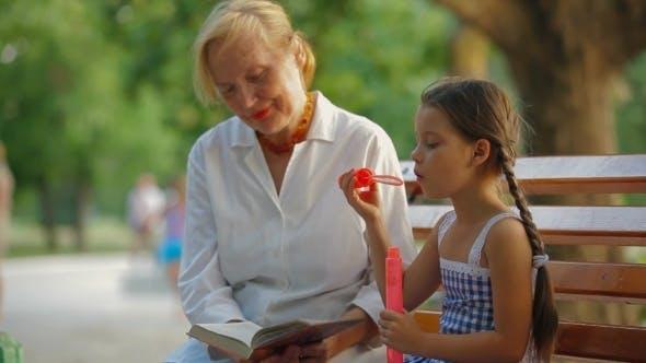 Zu Enkelin lesen