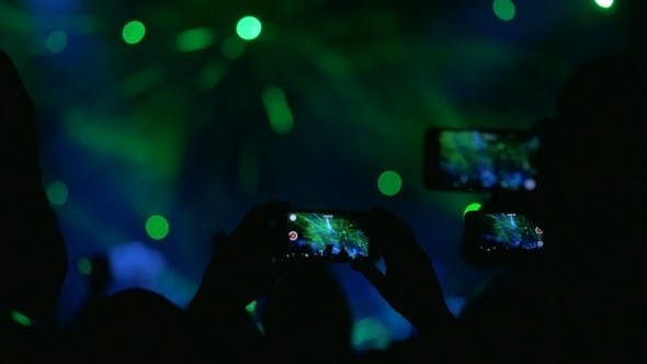 Thumbnail for People Shooting The Performance On Smartphones