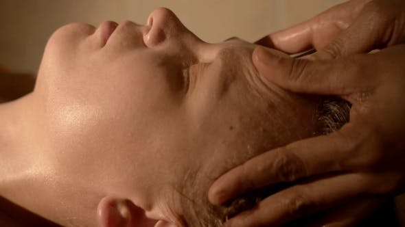 Thumbnail for Face Massage