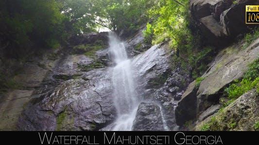 Cover Image for Waterfall Mahuntseti 3