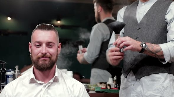 Thumbnail for Talc Usage In Modern Hairstyle