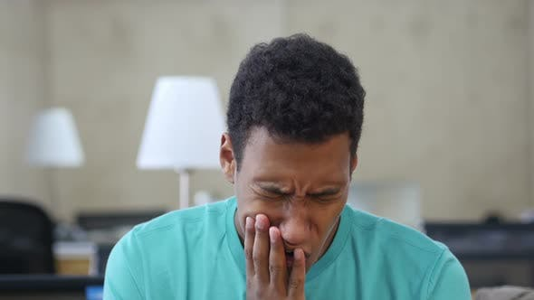 Cover Image for Toothache, Black Young Man in Office, Portrait